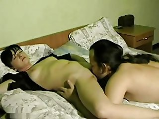 Amateur pussylicking orgasm.