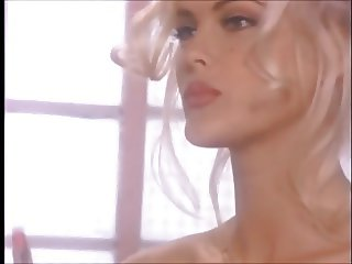 Platinum Blonde Sweetheart