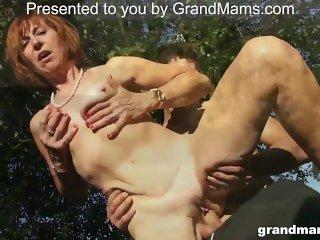 Horny Mature Slut needs help with flat tire GrandMams.com