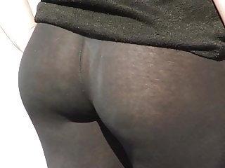 Very transparent black leggings