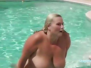 PAWG in a Vegas pool