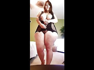 mommy sexy model