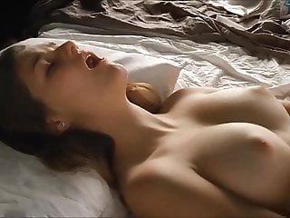 Yummy Girl Masturbates