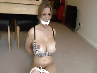 British slut Lindsey Dawn McKenzie gets tied up
