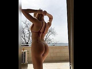 Ilana, sexy booty model