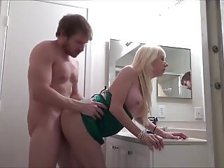 delicious busty milf gets hot creampie by young tourist