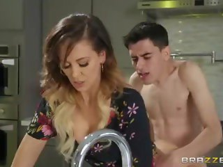 Spring Cumming [StepMom] By Brazzers - Cherie Deville & Jordi El Niño Polla