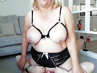 Riding his face to squirting orgasm - Ft. Juicy Jenny