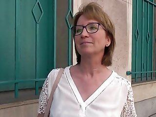 Isabelle 43ans institutrice a Orleans divorcee