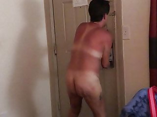 Wife nude getting pizza delivered