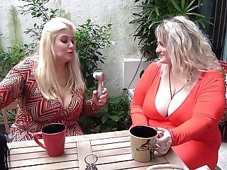 Sizzling Hot Shemale Enjoy his Boyfriends Dick