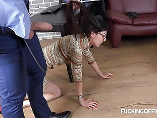 Skinny tall whore fucking with the boss